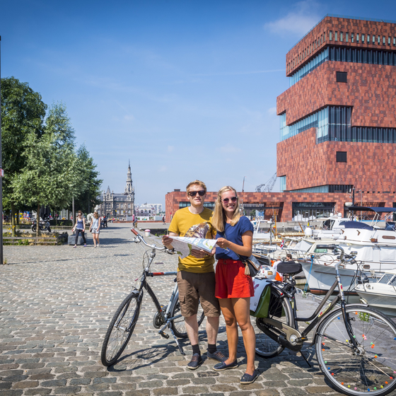 Radfahren am Strom - copyright ©2016 frederik beyens