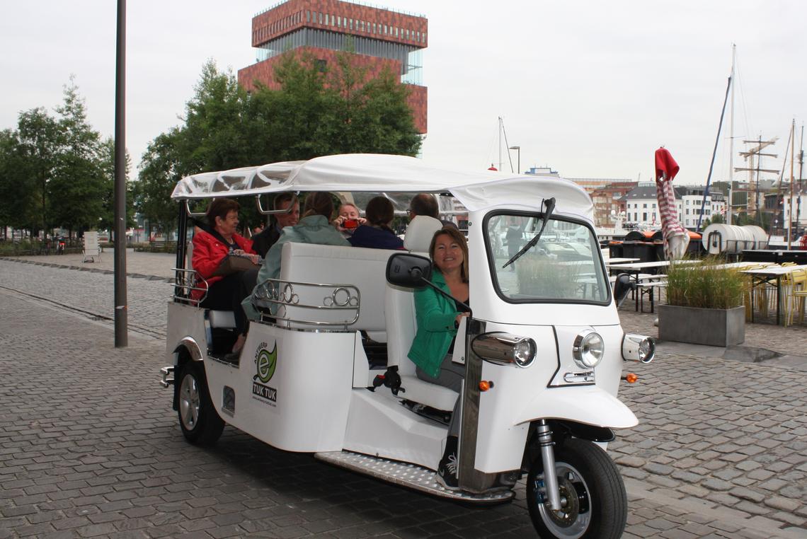 Antwerp-tuktuk